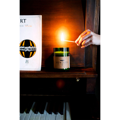 pinot-noir-candle-roomshot1